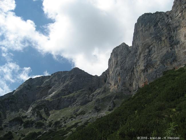 Klettersteig Untersberg : Berchtesgadener hochthronsteig klettersteig am untersberg